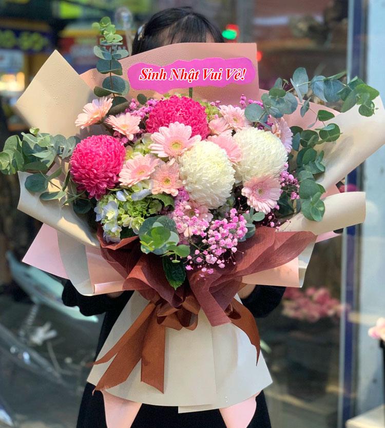 Bó hoa sinh nhật đẹp và hiện đại