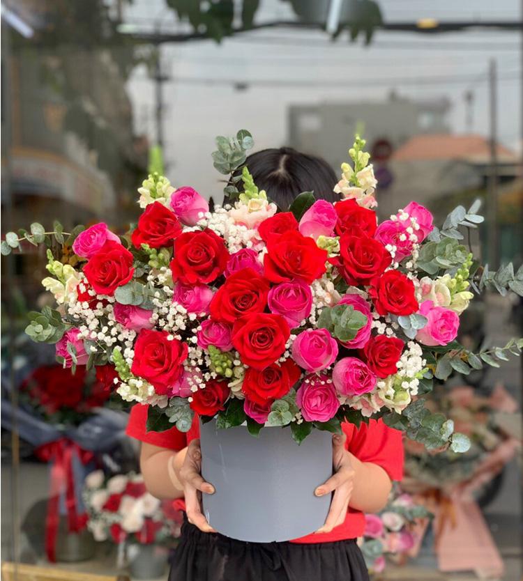Hộp hoa xinh lung linh