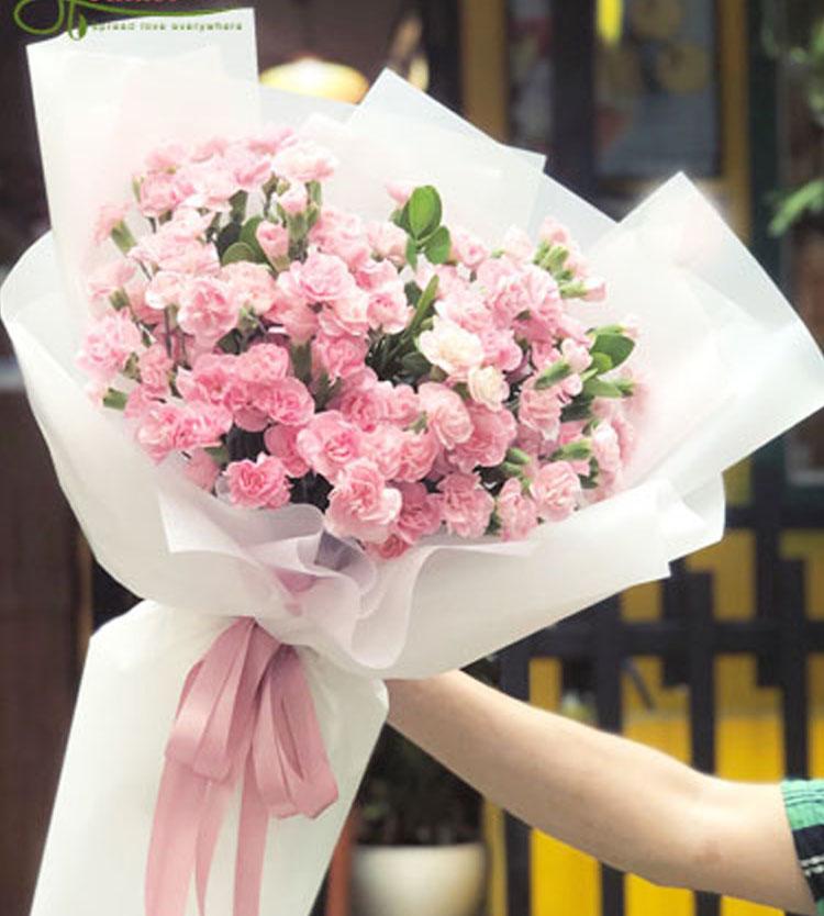 Bó hoa cẩm chướng đẹp dành tặng người yêu