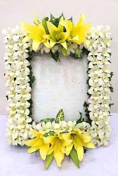hoa viếng đám tang hình quả chám
