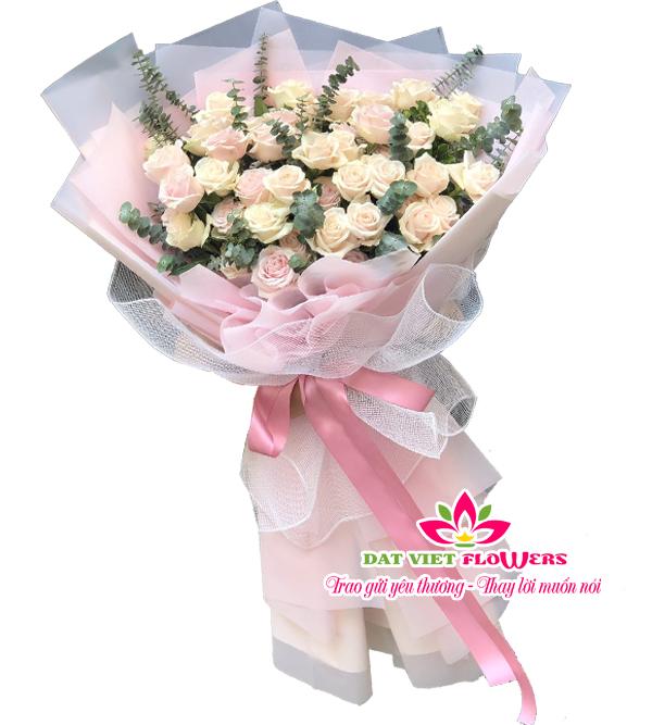 Bó hoa hồng kem