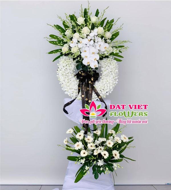 Hoa viếng đám tang tone màu trắng