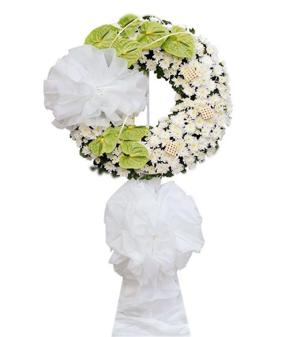 vòng hoa viếng đám tang