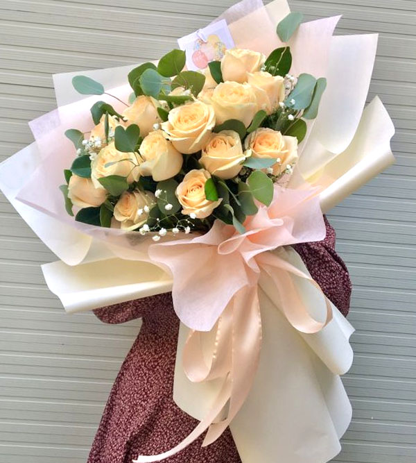 Bó hoa hồng phớt