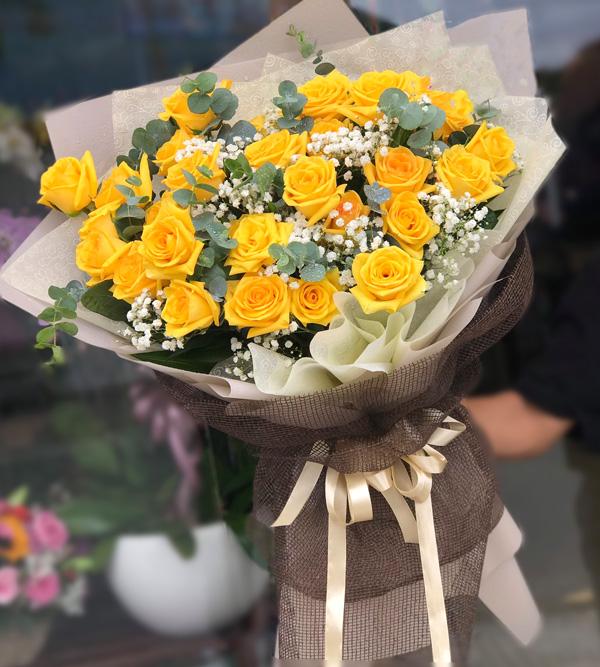 Bó hoa hồng vàng cực xinh