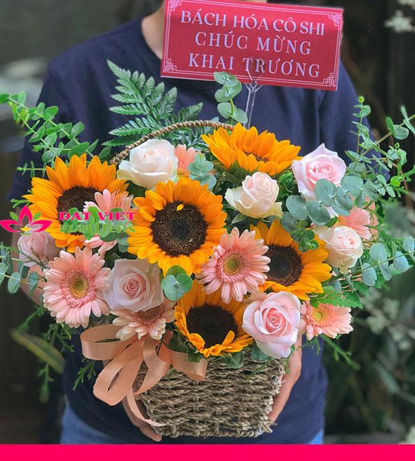 Giỏ hoa xinh xắn tặng dịp khai trương